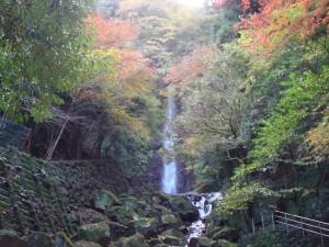 紅葉の滝-300x225